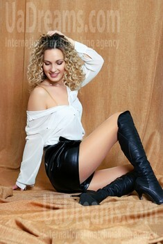 Alina from Zaporozhye 37 years - waiting for you. My small public photo.