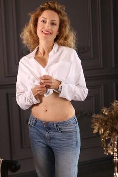 Natasha from Zaporozhye 41 years - photo session. My mid primary photo.