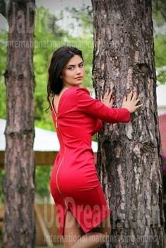Olesya from Zaporozhye 27 years - favorite dress. My small public photo.