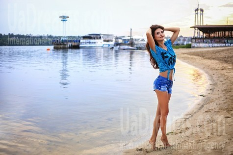 Olesya from Zaporozhye 29 years - clever beauty. My small public photo.