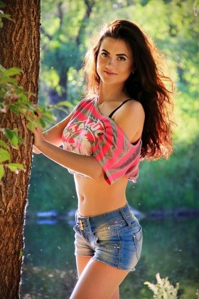 Olesya from Zaporozhye 26 years - kind russian girl. My small primary photo.