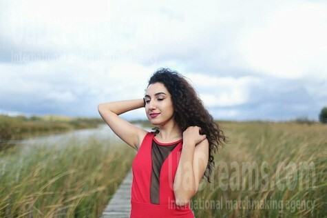 Sveta from Cherkasy 20 years - sunny day. My small public photo.