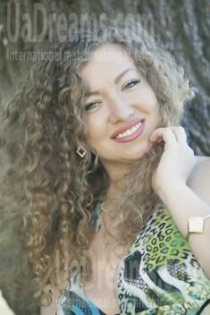 Nina from Kremenchug 30 years - sunny day. My small public photo.