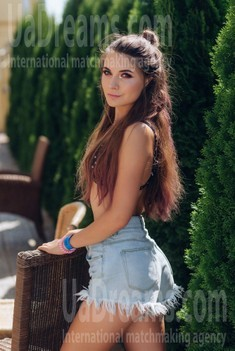 Daria from Poltava 22 years - soft light. My small public photo.