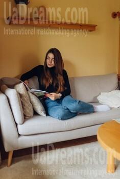 Daria from Poltava 23 years - ukrainian girl. My small public photo.
