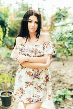 Karina from Poltava 22 years - beautiful woman. My small public photo.