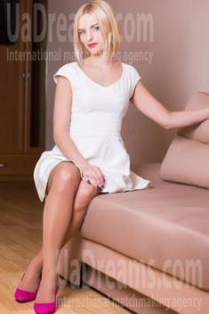 Olya from Lutsk 37 years - introduce myself. My small public photo.