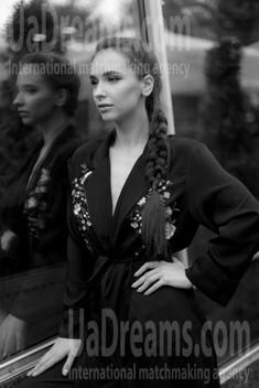 Ksenia from Kiev 26 years - creative image. My small public photo.