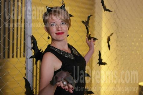 Mariya from Zaporozhye 38 years - cat's-paw. My small public photo.
