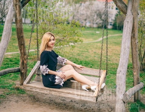 Anna from Cherkasy 20 years - joy and happiness. My small public photo.