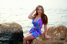 Elena from Odessa 29 years - waiting for husband. My small public photo.