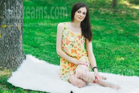Svitlanka from Lutsk 23 years - good girl. My small public photo.