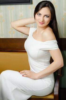 Marisha  19 years - soft light. My small primary photo.