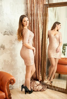 Lena from Ivanofrankovsk 22 years - search for love. My small public photo.
