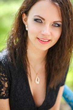 Tanya from Kremenchug 23 years - seeking man. My mid primary photo.