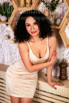Victoria from Zaporozhye 38 years - favorite dress. My small public photo.
