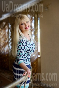 Natalie from Rovno 42 years - photo session. My small public photo.