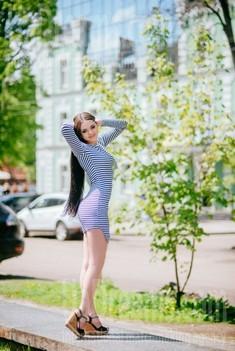 Alinka from Poltava 25 years - natural beauty. My small public photo.