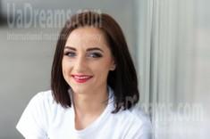 Marina from Kremenchug 28 years - searching life partner. My small public photo.