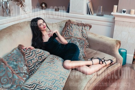 Alenka from Kiev 30 years - girl for marriage. My small public photo.