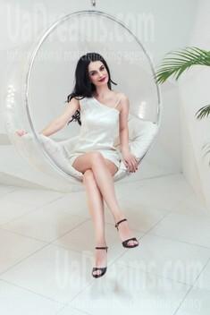 Alenka from Kiev 30 years - bride for you. My small public photo.
