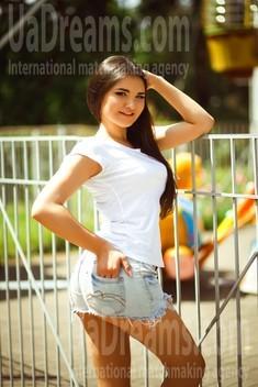 Vladlena from Kiev 20 years - amazing appearance. My small public photo.