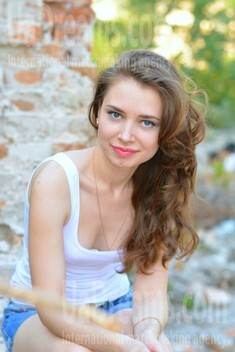 Olya from Kremenchug 28 years - it's me. My small public photo.