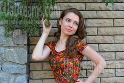 Olya from Kremenchug 28 years - morning freshness. My small public photo.