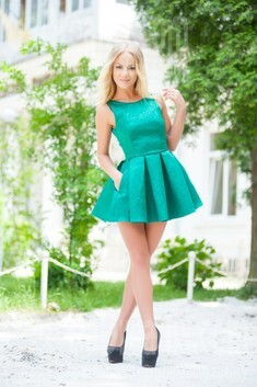 Lesia from Ivanofrankovsk 28 years - amazing girl. My small public photo.