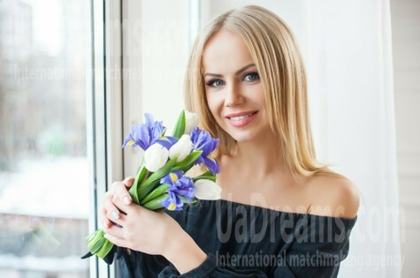 Lesia from Ivanofrankovsk 28 years - wants to be loved. My small public photo.