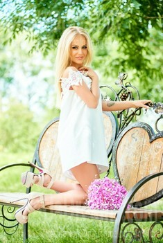 Lesia from Ivanofrankovsk 28 years - mysterious beauty. My small public photo.