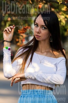 Olga from Kremenchug 26 years - morning freshness. My small public photo.