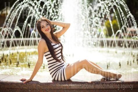 Alina from Kiev 28 years - Warm-hearted girl. My small public photo.