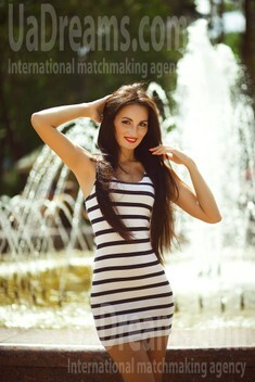 Alina from Kiev 29 years - favorite dress. My small public photo.