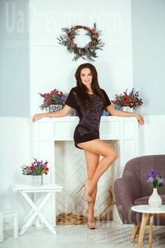 Alina from Kiev 29 years - charm and softness. My small public photo.