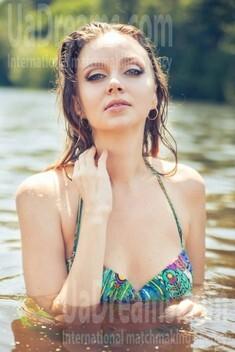 Katerina from Poltava 28 years - morning freshness. My small public photo.