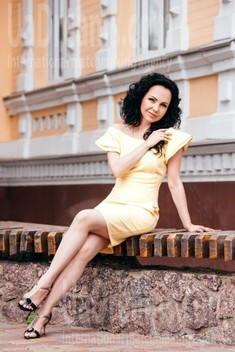 Marina from Cherkasy 43 years - clever beauty. My small public photo.
