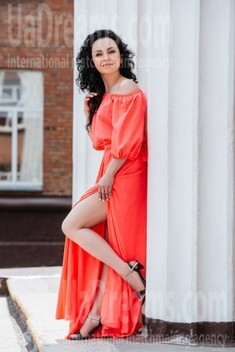 Marina from Cherkasy 43 years - ukrainian girl. My small public photo.