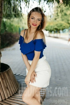 Maria from Ivanofrankovsk 29 years - waiting for husband. My small public photo.