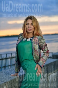 Yulia from Kremenchug 30 years - eyes lakes. My small public photo.