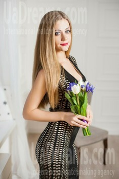 Olya from Ivanofrankovsk 29 years - beautiful and wild. My small public photo.