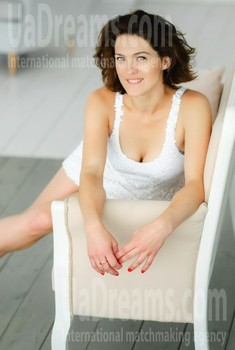 Anna from Kharkov 28 years - bright smile. My small public photo.