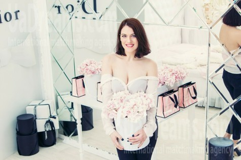 Anna from Kharkov 28 years - intelligent lady. My small public photo.