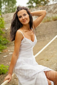 Elya from Sumy 40 years - single russian woman. My small public photo.