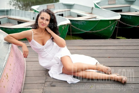 Elya from Sumy 42 years - photo gallery. My small public photo.