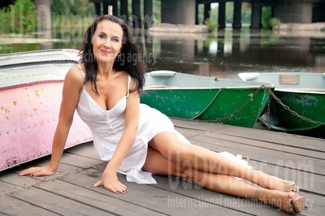 Elya from Sumy 40 years - introduce myself. My small public photo.