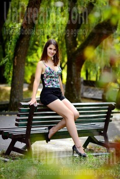 Julia from Rovno 30 years - waiting for you. My small public photo.
