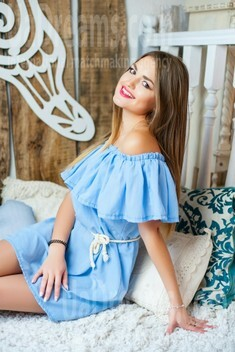 Lesya from Ivanofrankovsk 22 years - attractive lady. My small public photo.