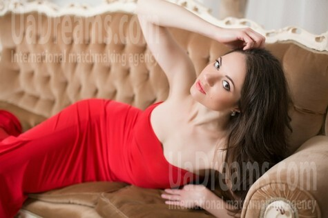 Elena from Dnipro 34 years - kind russian girl. My small public photo.