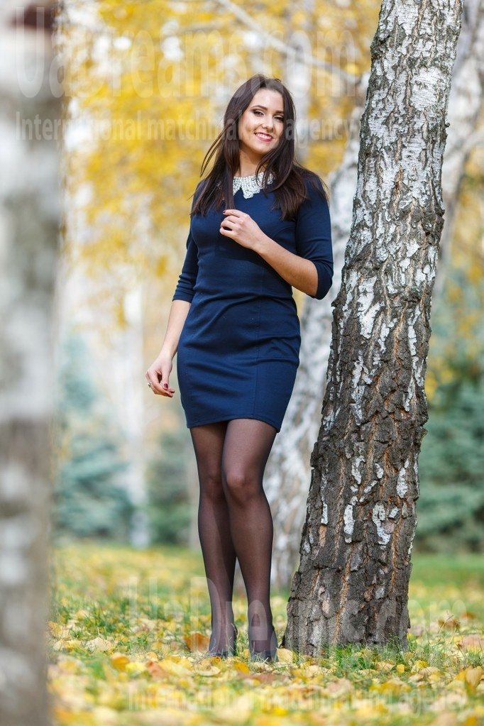 Tanechka from Kremenchug 23 years - Kind-hearted woman. My small public photo.